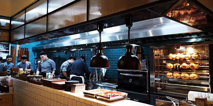 Kitchen of Senso Casual Italian Dining located in Changning, Shanghai