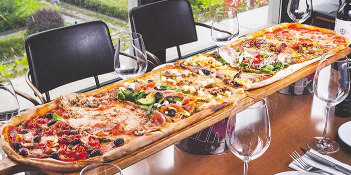 Pizza of Alla Torre (Lujiazui) on Lujiazui Huan Lu, Lujiazui, Shanghai