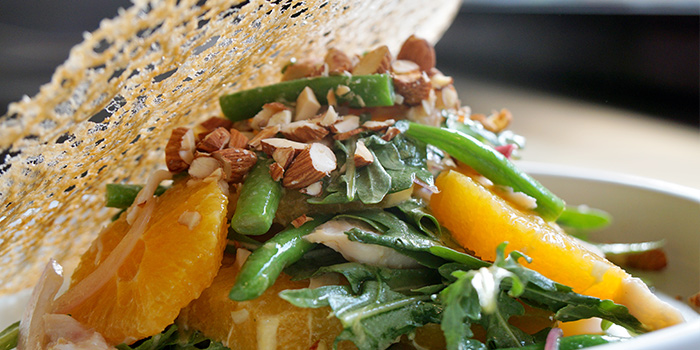 Salad of e.R Coffee Roasters located Jing