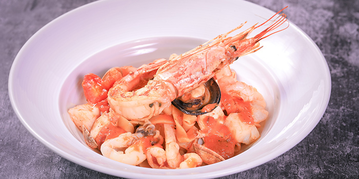 Seafood of TAVOLA Dining located in Pudong, Shanghai