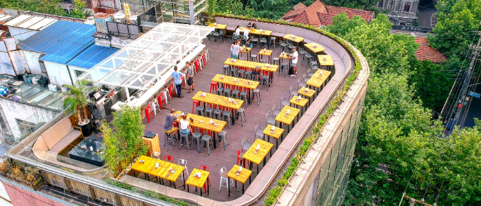 Terrace of Kartel Wine Bar in Jing