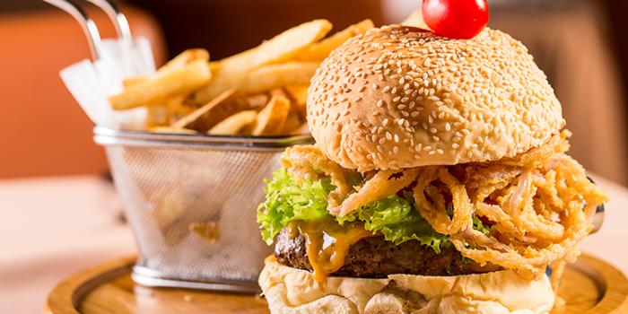 Burger from Shanghai Slim