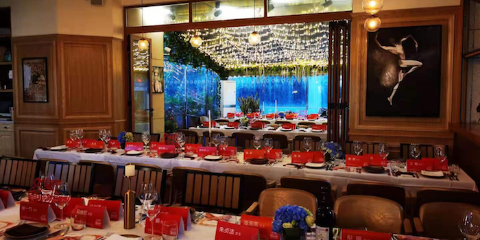 Indoor of Senso Casual Italian Dining located in Changning, Shanghai